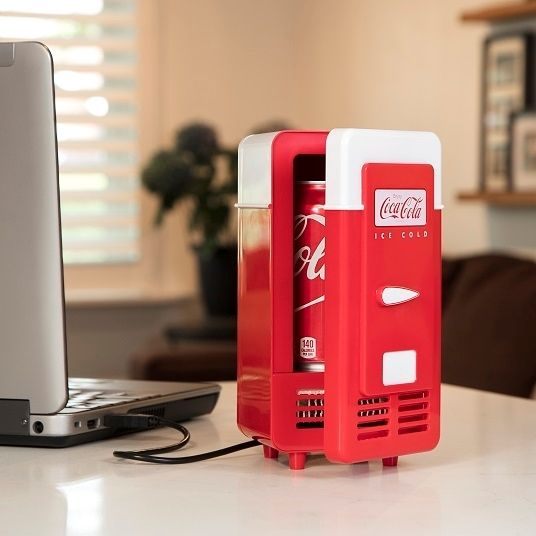 0001210_mini-coca-cola-usb-powered-one-can-retro-cooler.jpeg