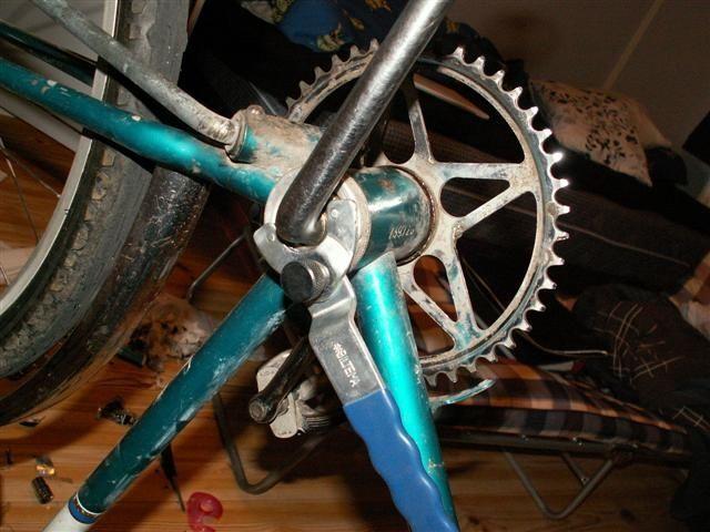 smörja vevlager cykel