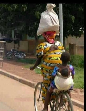 cyklande_kvinna_med_barn.jpg