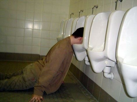 drunk-urinal.jpg ht=353