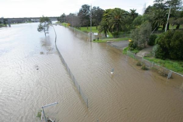 geelong_flooding_ia016246_491701_600.jpg ht=400