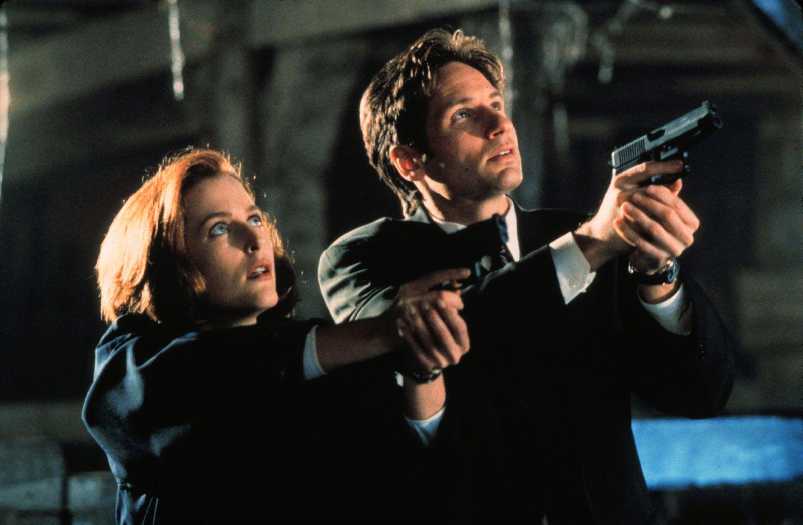 Gillian-Anderson-David-Duchovny-The-X-Files.jpg