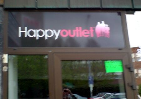 happyoutlet.jpg ht=315