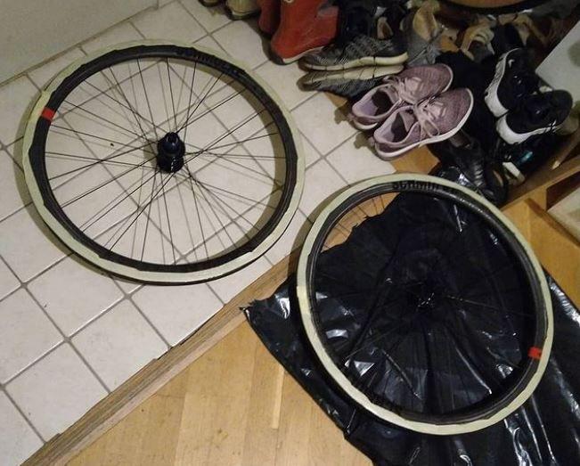 Schmolke SL 45 Disc Tubular hjulset.JPG