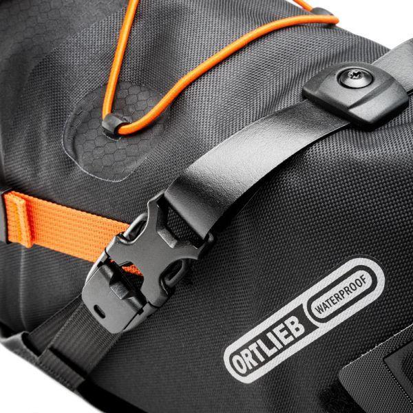 seat-pack-16_5l_f9902_detail-2.jpg