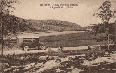Bilvägen Dingle Hunnebostrand Tosterödsvattnet ca 1920 Förlag Hallmans Bokhandel, Uddevalla b.jpg
