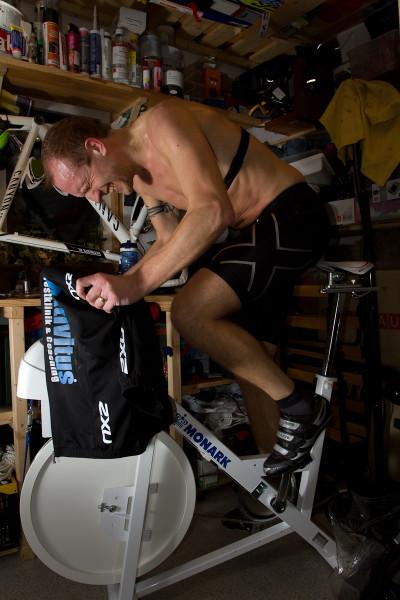 Vill man cykla snabbt får man lida pin. Foto: Bengt Ellison
