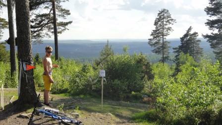 Hann med att knäppa en bild på toppen inför starten av SS1. Det blev en del höjdmeter i Falun ändå. Foto: Fredrik Westman