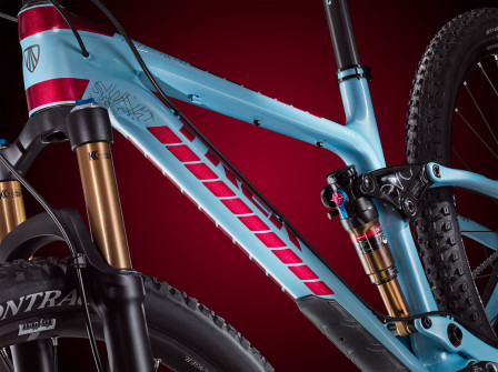 Fuel EX Blue Red. Foto: Trek