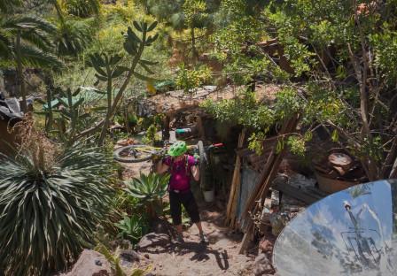 Hippiekollektiv i djungeln