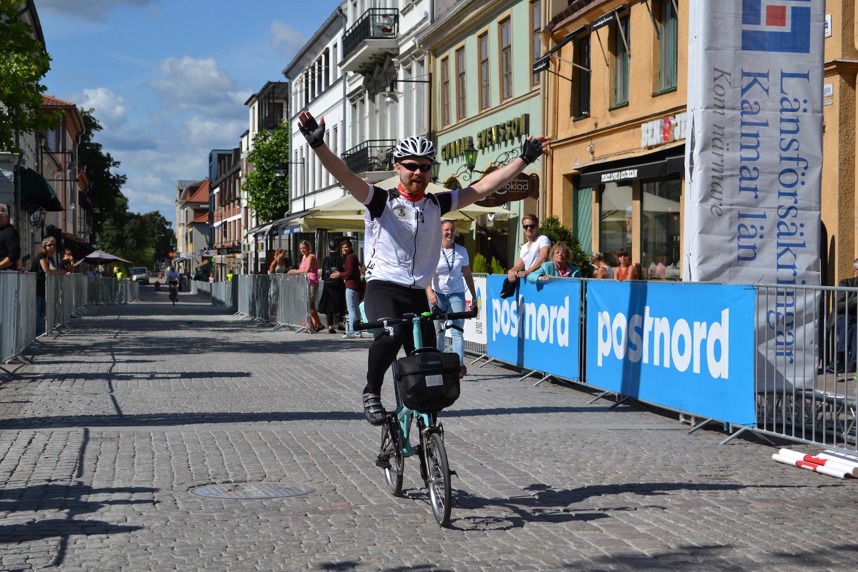 Glad cyklist