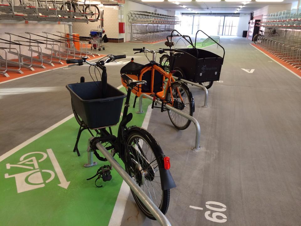 Dedikerad cykelparkering för lastcyklar