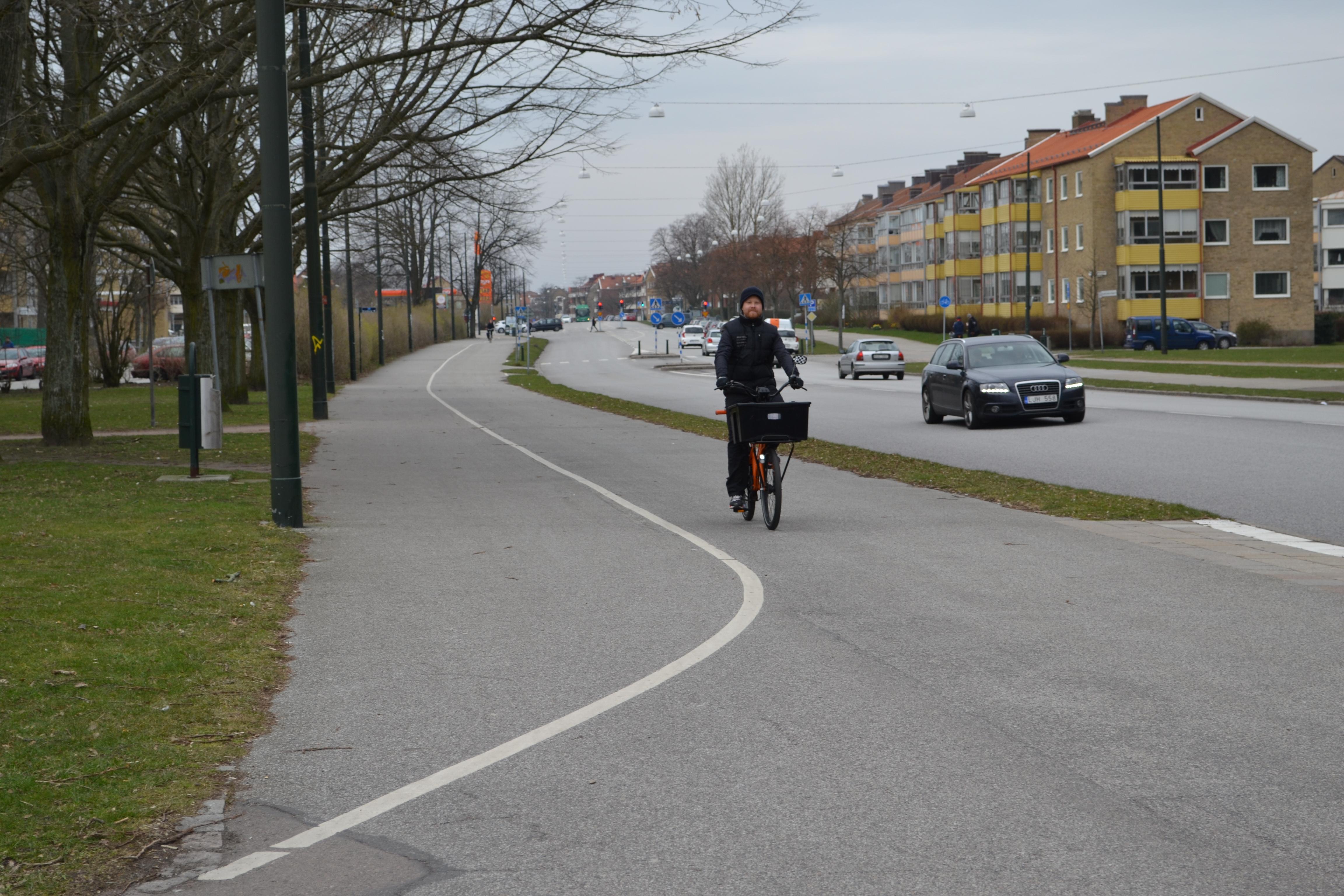 """Cyklist kommer från """"rätt håll"""""""