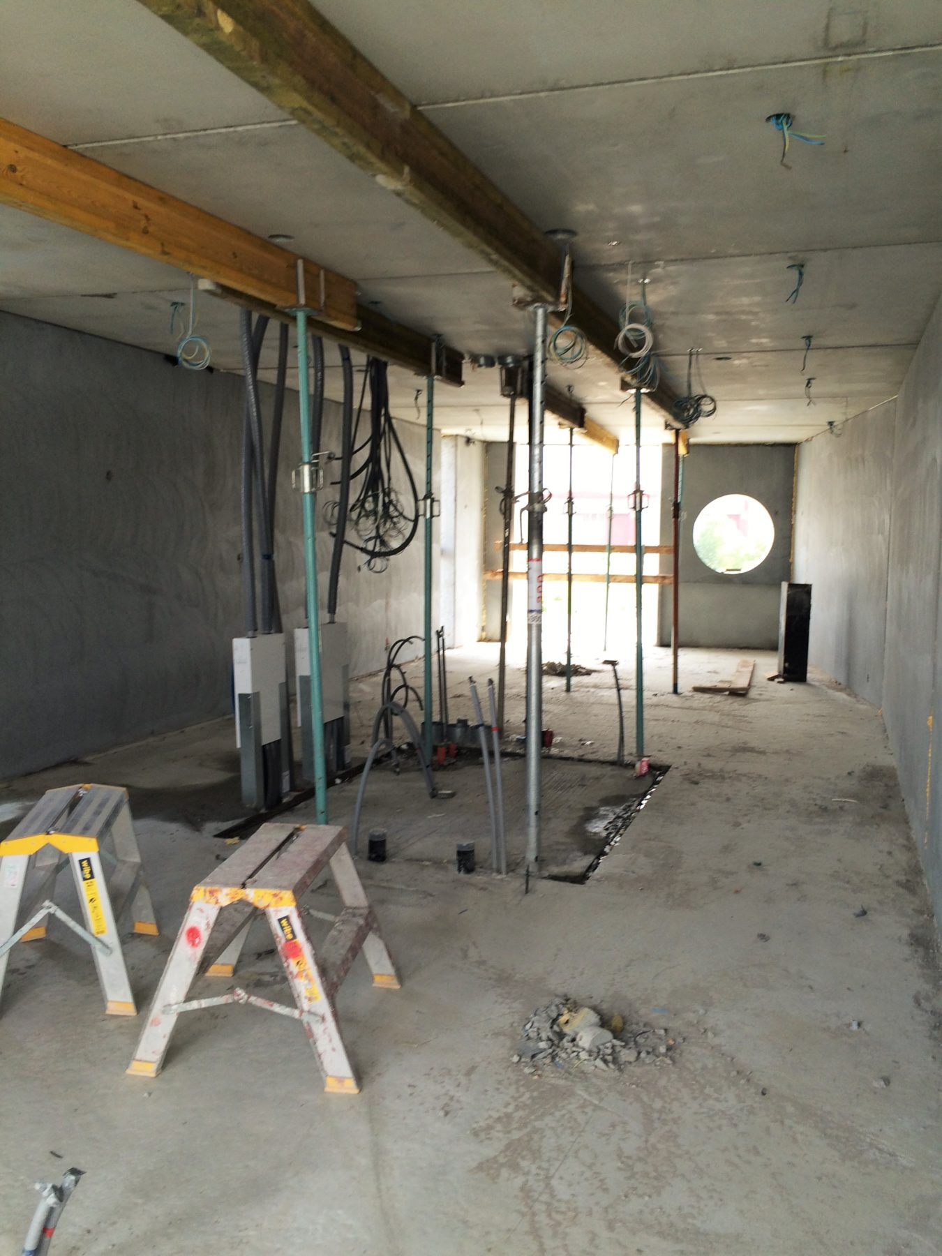 2-rumslägenhet med badrummet i mitten