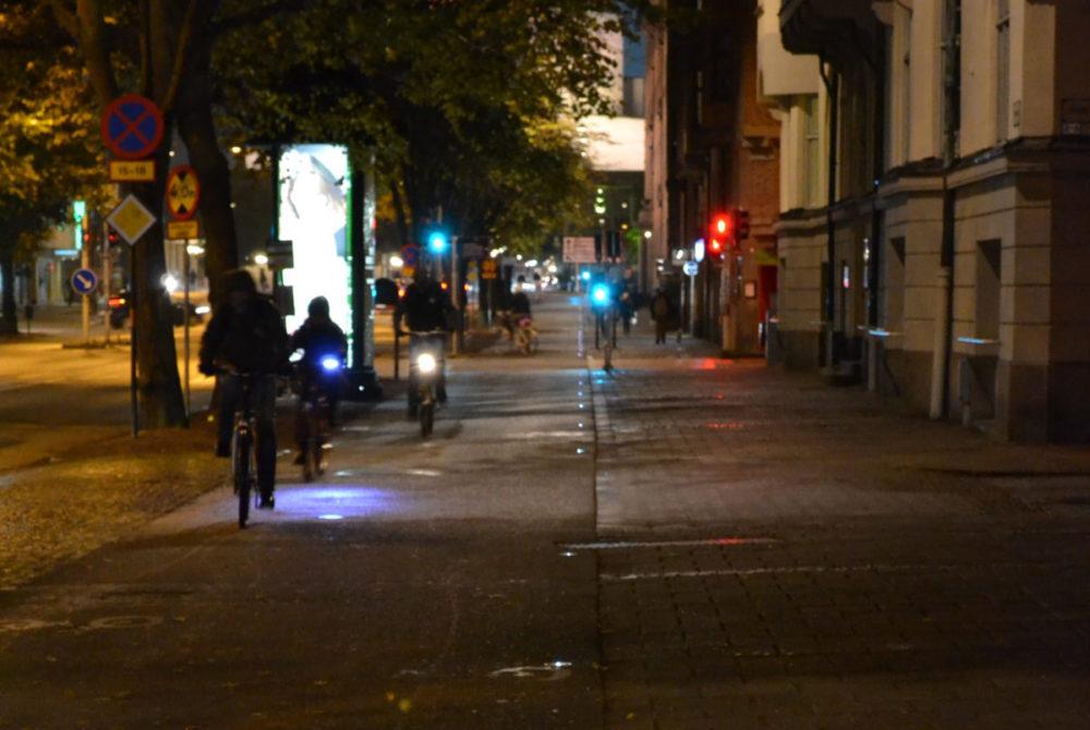 Solcellsbelysning infälld i marken, Fersens väg i Malmö.