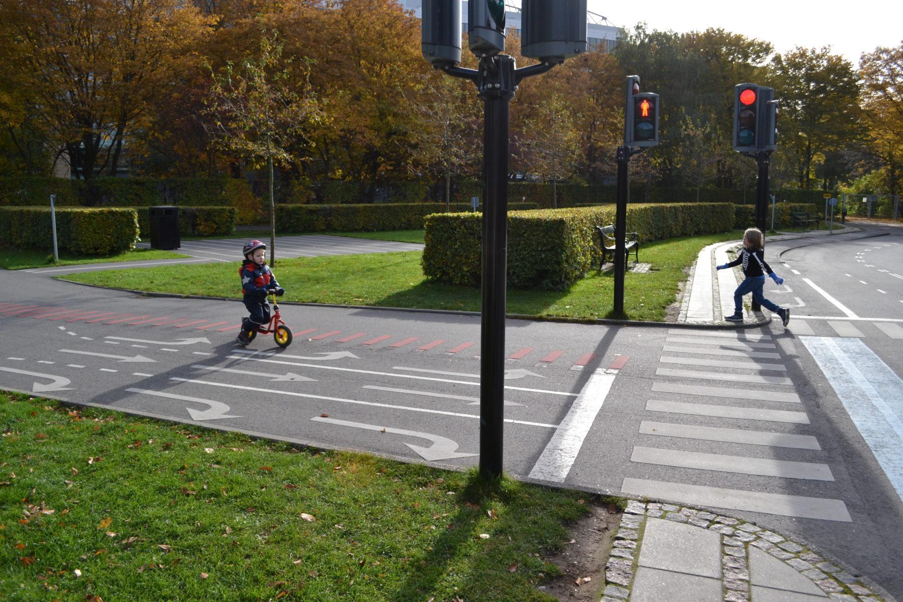 Trafikträning på springcykel